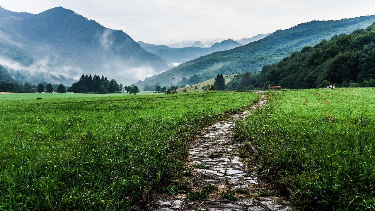 O caminho faz-se… caminhando